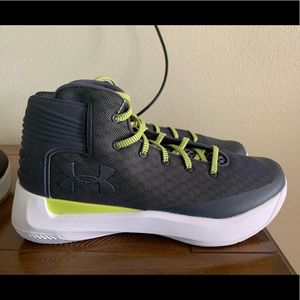Under Armour Curry 3Zero 3.5 size 10 Brand new